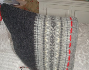 Recycled Wool Pixie Hat