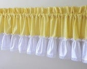 Valance with Lace & Yellow Gingham
