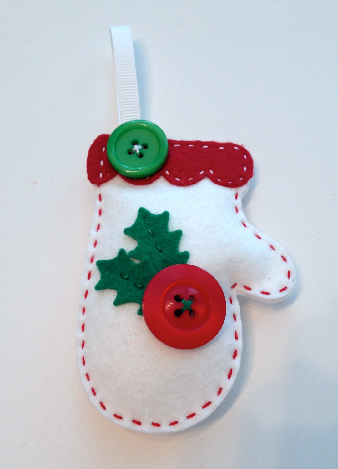 Diy Christmas Ornaments Etsy : Diy felt holly mitten ornament kit by polkadotcreek on etsy