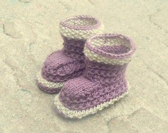 Baby Knit Pattern-  Baby Booties Boots - Simple Seamless Lilac Lounging Boots (4 Sizes 0 - 12 mths)