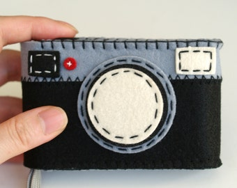 Felt Camera Cases - hand stitched for compact digital cameras-