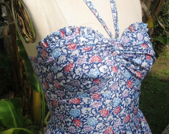 Sale! Sweet floral 1940s style vintage style halter sundress M