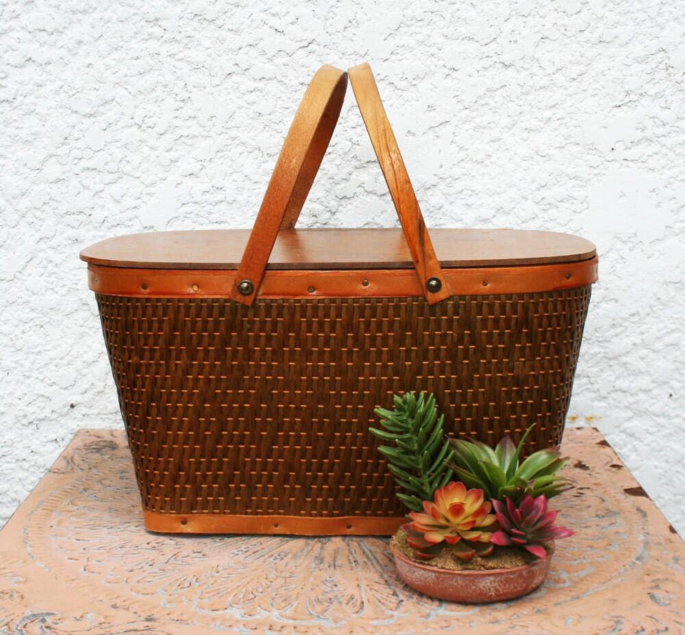 Wooden Picnic Basket Set : Vintage woven and wooden picnic basket
