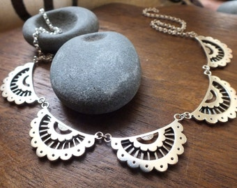 Scalloped lace collar necklace - sterling silver lace statement necklace - wedding bridal jewlery  - boho necklace - geometric necklace