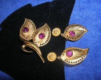 Three-Piece Vintage Celebrity Brooch and Clip Dangle Earrings