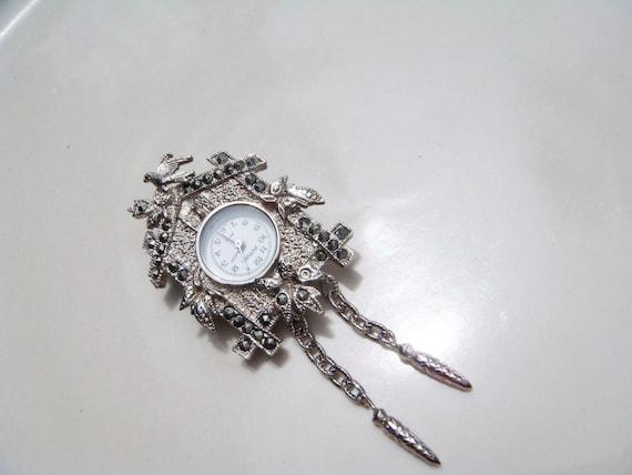 Vintage cuckoo clock watch brooch charm silver toned - Cuckoo watches ...