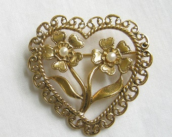 Vintage Heart and Faux Pearl Flower Brooch