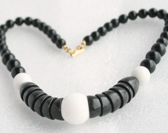 Black White Modernist Necklace Vintage Signed Duplaise Beaded Disc Choker Collar