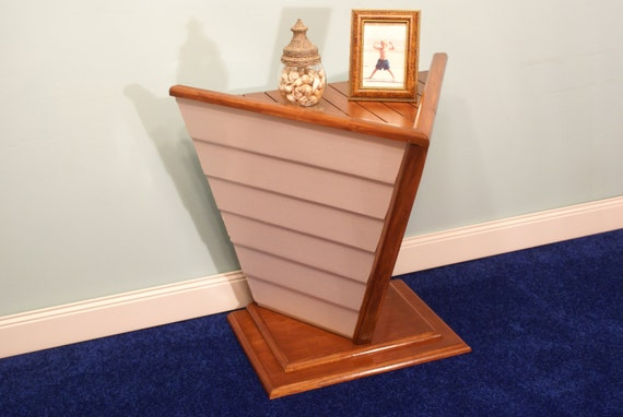 Nautical Boat Shaped End Table, Accent Table, Nautical Decor, Night  Stand,boat, Beach House, Home Decor, FREE SHIPPING