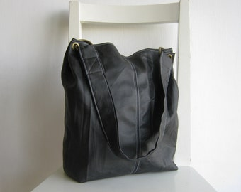 Dark brown vegan leather wrinkled Tote
