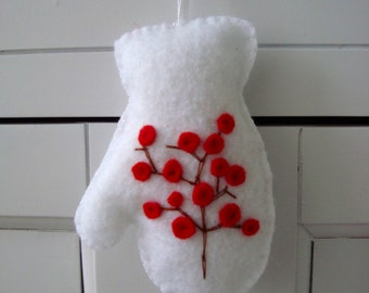 Red Winter Berries Embroidered Mitten Felt Ornament Gift Topper