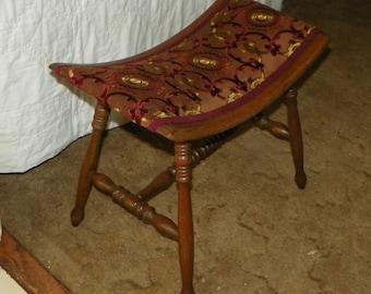 Quartersawn Oak Vanity Bench / Bustle Bench