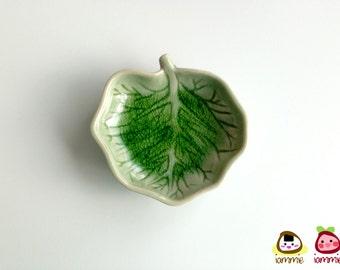 Ceramic Plate, ceramic leaf plate, heart, soap dish, green, sauce, mini, small, ceramic bowl, decoration, decor, decorative, porcelain, clay