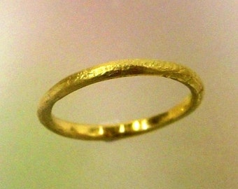 Womens Wedding Ring, Rustic Wedding Band, 18k Yellow Gold Ring, Unique Wedding Ring, Stacking Ring, Thin Gold Ring, Made to order