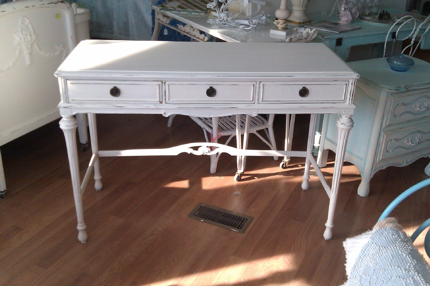 Desk Shabby Chic White Distressed Antique Vanity Cottage
