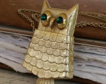 Owl Locket Necklace, Gold Owl Pendant Necklace, Vintage Jewelry, Vintage Locket, Re-purposed Vintage Jewelry, Gold Locket Necklace