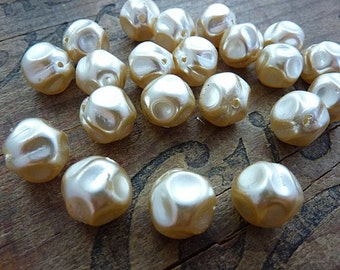 Glass Pearl Baroque Pearls Vintage Pearls Cream Color Glass Pearl  (6)