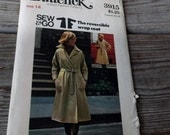 Butterick Misses Reversible Wrap Coat Pattern 3915 size 14