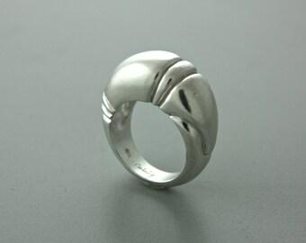 Armadillo Ring