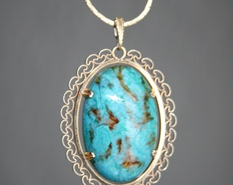 Gold Tone and Turquoise Glass Cabochon Necklace