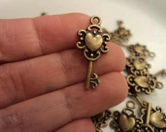 Antique Brass Key with heart - set of 10 - #BK102