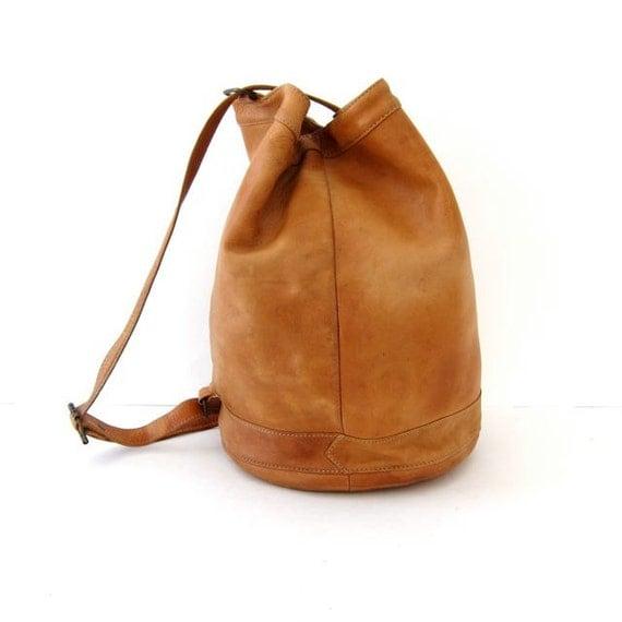 20% off SALE...vintage Ellington rucksack. by dirtybirdiesvintage