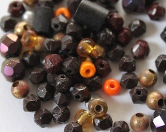 Fall Fun Pack - Autumn Toned Vintage Beads Assortment (50 plus) Glass, Faceted, wood, acrylics, Black, Browns, Orange