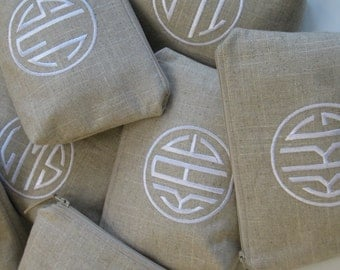 Bridesmaids Gifts Set of (4) /Monogrammed Clutches / Cosmetic Bag in (Natural Circle) Makeup Bag in Luxury Linen