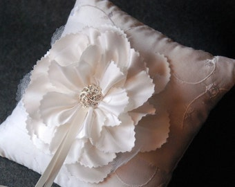 Bloom Collection - Aerin Ring Bearer Pillow