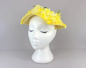 1950's Yellow Flower Hat / Vintage Garden Party Hat / Floral Topper