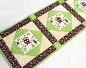 Quilted Christmas Table Runner, Gingerbread Cottage Quilt with Candy Canes in Brown and Green, Gingerbread House, Handmade