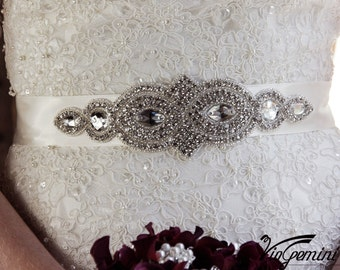 Rhinestone wedding sash belt, bridal sash, crystal wedding sash, vintage wedding sash, bling bridal sash