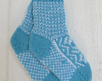 Handknitted norwegian socks in turquiose and white for children