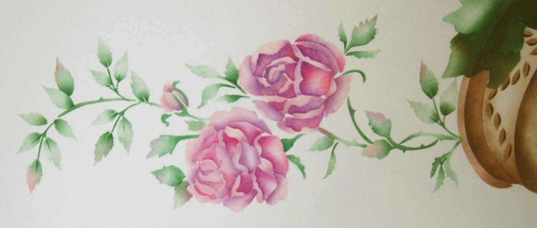 Pochoir peinture au pochoir plafond rose pochoir pochoir for Pochoir a peindre