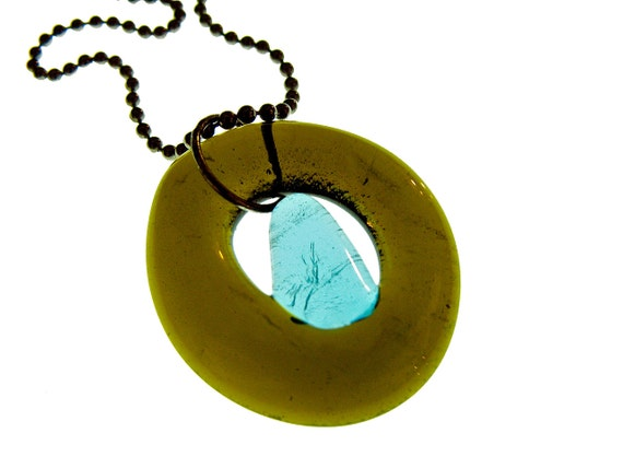 Simply Upcycled Glass Pendant Necklace - Green with Sapphire center