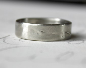10k recycled white gold wedding band ring . rustic organic wedding band ring . 6mm wide wedding band ring . size 9 10 11 12