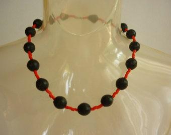 CZECH Glass Bead Choker Necklace matte black & chinese red Art Deco Bohemia