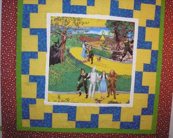 """Quilt Kit Wizard of Oz Pre-Cut Strips and Center Panel 45"""" Square"""