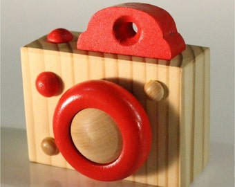 Pretend Digital Camera - Wooden - Color of your Choice