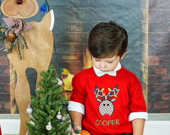 Christmas Reindeer Personalized Applique Shirt, Reindeer Shirt, Christmas Lights, Winter Applique Shirt, Holiday Shirt, Boy or Girl, LDM