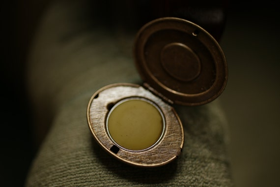 Antique Settee™ - Victorian Solid Perfume Mini Compact- Natural Perfume with Earl Grey, Bergamot, Tea, Rose, Violet, Wood, and Citrus