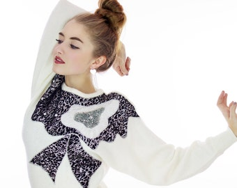 80s Metallic Sweater Sequined Beaded 90s Bedazzled Silver Leopard Print Sequins Ivory Soft  Small S Medium M