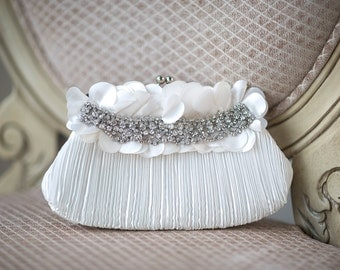 Bridal Purse, Bridal Handbag, Wedding Purse, Ivory Bridal Clutch, Wedding Hand Bag, Rhinestone Wedding Clutch
