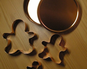Set of 3 Copper Gingerbread men Gingerbread man Cookie Cutters in Lidded Container