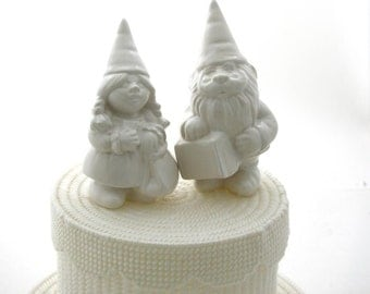 Wedding Cake Topper gnomes, can be personalized