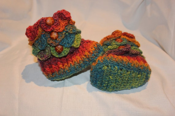 Ready to be shipped TODAY/ Handmade Crochet RAINBOW Baby Crocodile Baby Booties