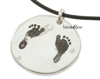 Baby Feet Necklace in Sterling Silver