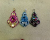 Bollywood Bead Embroidery Pendant Pdf Tutorial (INSTANT DOWNLOAD)