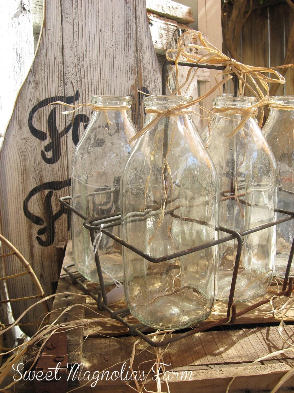 vintage wire milk bottle carrier and 6 milk bottles quart. Black Bedroom Furniture Sets. Home Design Ideas
