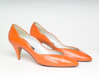 Vintage 80's Pilazzo By Michael G Abrams Signed Orange Leather Scalloped Stiletto Heels (sz 8)